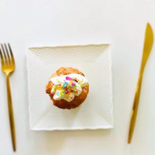 今年のクリスマスも 年末年始も おうちごはんだなーというみなさま。 メニューはお決まりですか? クリスマスのディナーにも 特別なデザートにも 逆におせちにも 贅沢ごはんに飽きた朝のトーストにも 川島旅館のバターはいかがですか? 今なら #komerco にて送料無料の #冬のオンラインマルシェ 実施中ですよ。 パンやお菓子を手作りする方にはおすすめの特用サイズもございます。 素敵な冬のおうちごはんをお楽しみ下さいね。 #川島旅館 #フレーバーバター #手作りケーキ #手作りクリスマス #特別な素材で